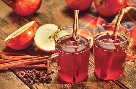 Cinnamon apple tea with fragrant aroma, both delicious and refreshing 4